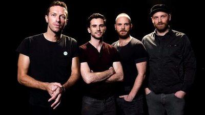 Posters alrededor del mundo dan indicios del inminente lanzamiento del nuevo álbum de Coldplay