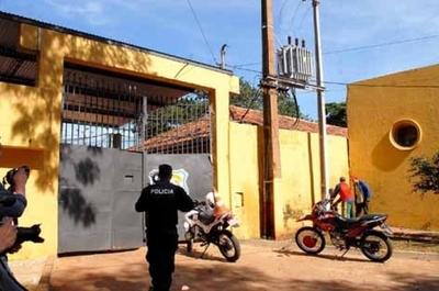 Detuvieron al director del penal de CDE y al juez penal de San Pedro
