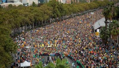 """Tensión en Cataluña: huelga general y la """"marcha de la libertad"""" de los independentistas"""