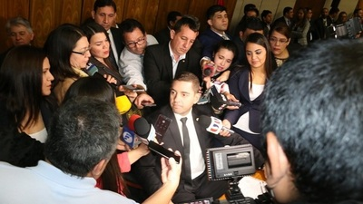 Sugieren sancionar a funcionarios sumariados de Diputados
