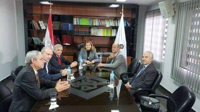 Gremios de la producción presionan a Fiscal General para mayor acción en el campo