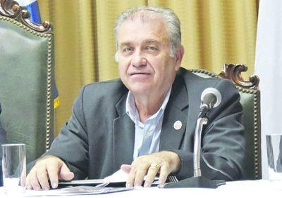 Hacienda pide embargo de bienes de Ramón González D.