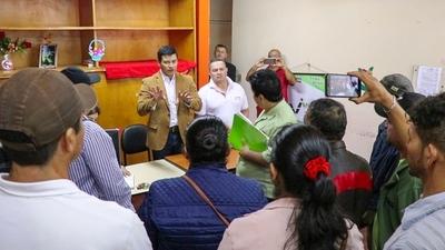Indert rechaza invasiones y promueve acceso legítimo a la tierra durante reunión con campesinos