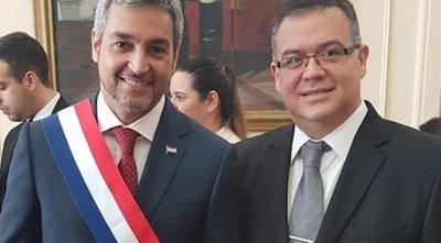Abdo acepta renuncia de Julio Ullón