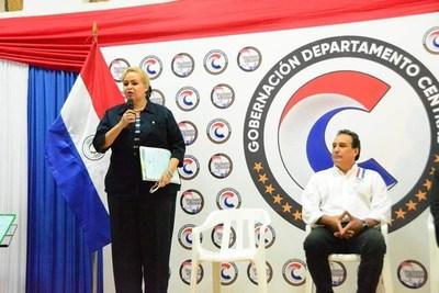 """Se inicia una """"estampida"""" en la Gobernación de Central"""