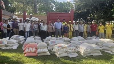 PEQUEÑOS PRODUCTORES DE FRAM RECIBEN CORRECTIVOS DE SUELO