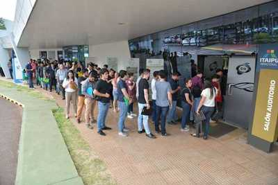 Más de 5.200 postulantes están habilitados para competir por vacancias en Itaipu