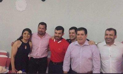 Horacio Cartes se reúne con Ulises Quintana y miembros de Honor Colorado en Caaguazú