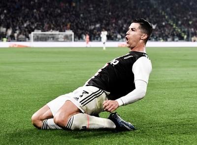 Juventus triunfa y asegura la punta