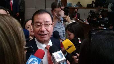 Miguel Cuevas se defiende de las acusaciones del senador Juan Darío Monges