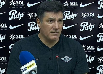 José Chamot rescata la actitud de su equipo