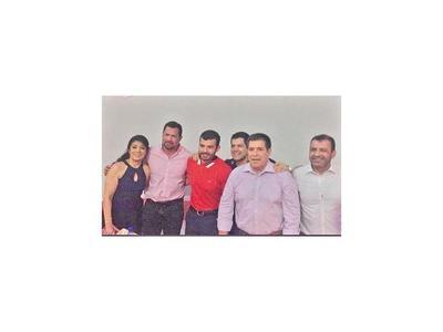 Ulises    Quintana apareció en acto  político con  Cartes
