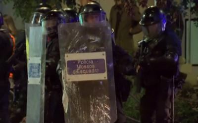 Catalanes piden a gritos la libertad de los secesionistas presos