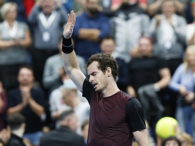 Andy Murray llora tras ganar el torneo de Amberes