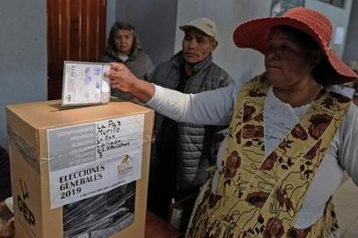 Cerraron los centros de votación en Bolivia: expectativas por los primeros resultados