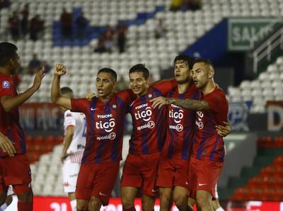 Cerro Porteño no falla en el debut de Víctor Bernay