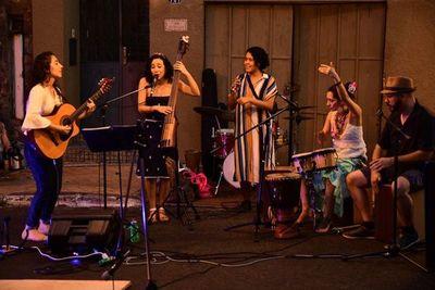 Música latinoamericana con Natalia Mendoza