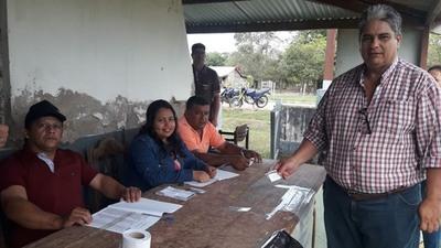 Schupp, un docente y una mujer son candidatos en San Carlos del Apa