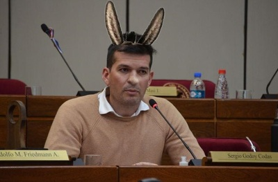 """El aberrante proyecto de ley sobre la policía del """"jurista"""" Sergio Godoy"""