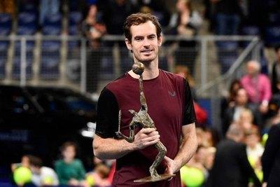 Murray gana el torneo de Amberes a Wawrinka y se acerca al top-100