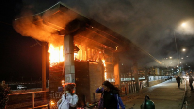 Chile intenta volver a la normalidad luego del caos del fin de semana