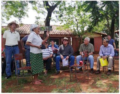 Ministro se reúne con pobladores de Santa Ana