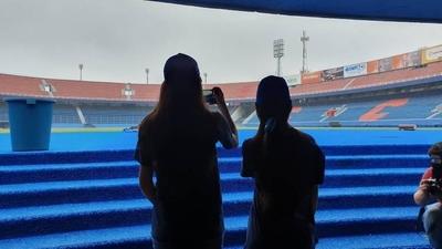 HOY / El Club Cerro Porteño tuvo a una niña como presidenta