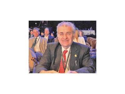 González  Daher recusa al juez civil y frena embargos