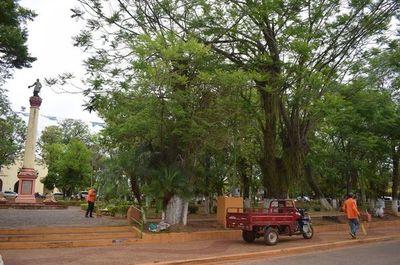 Rechazan construcción de sanitarios en plaza