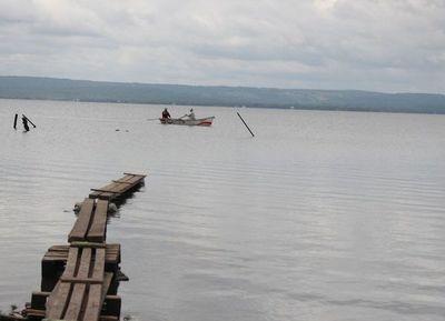Buscan a joven en aguas del lago Ypacaraí