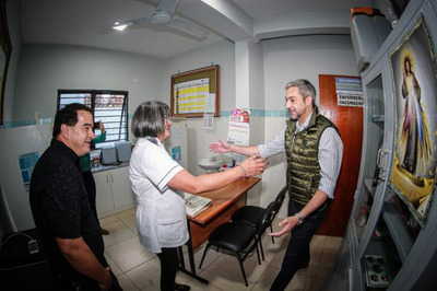 Mario Abdo inauguró USF en Hernandarias