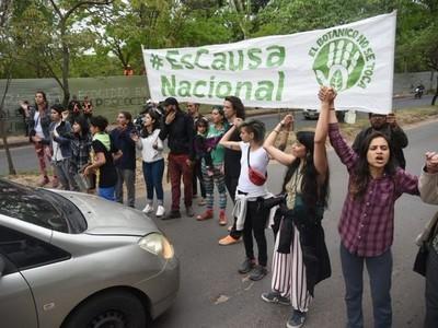 Ambientalistas culpan al gobierno de la violencia