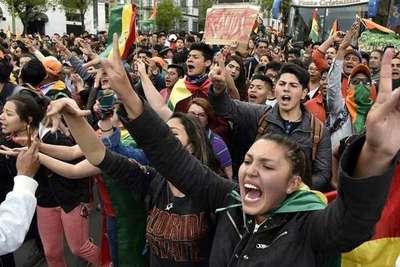 Evo Morales a punto de ganar reelección en Bolivia, protestas violentas al grito de «fraude»