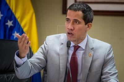 """La oposición venezolana repudia """"cualquier intento"""" de alterar el conteo en Bolivia"""