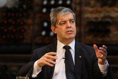 """Riera acusa a Frente Guasú y """"alas"""" de PLRA y ANR que propician y organizan invasiones de tierras"""