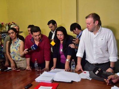Lambaré: Concejales sesionan en comedor de comisaría