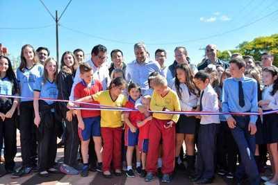 Habilitan obras de pavimentación con apoyo de Itaipu en ocho localidades