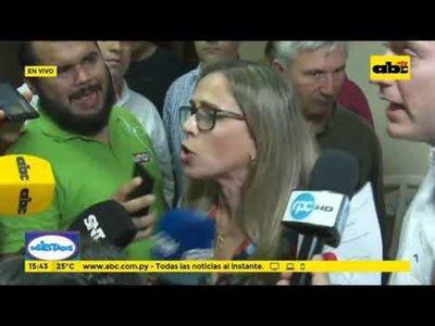 Concejales lambareños sesionarán en la plaza