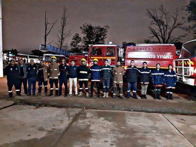 Bomberos de Ypané reciben carro hidrante de 6.000 litros de capacidad