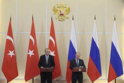 Rusia y Turquía acuerdan control de la frontera siria y retirada kurda