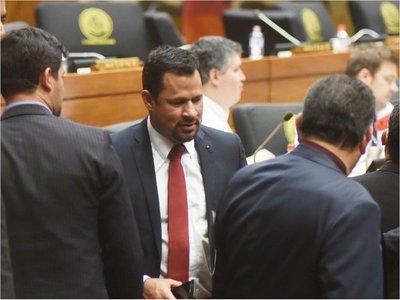 Ulises Quintana explica por qué votó contra proyecto sobre la Policía