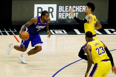 Los Lakers inician la NBA con caída ante los Clippers
