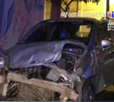 Violento accidente deja tres heridos de gravedad