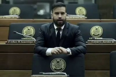 Director de Comunicación justifica programa de farandulero en TV Cámara