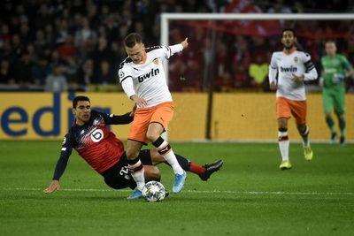 Valencia cede dos puntos