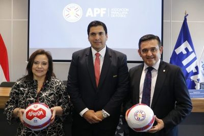 """Presentan proyecto """"Fútbol en las Escuelas"""