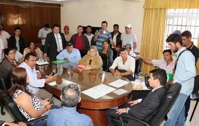 Indert establece mesa de trabajo con organizaciones campesinas