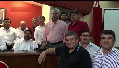Seccionaleros recolectarán firmas para proponer reelección presidencial