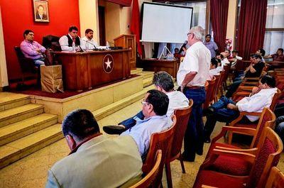 """Viceministro afirma que fue """"engañado"""" por  seccionaleros"""