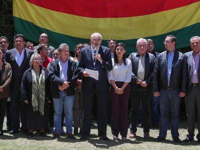 Opositores bolivianos llaman a movilización pacífica